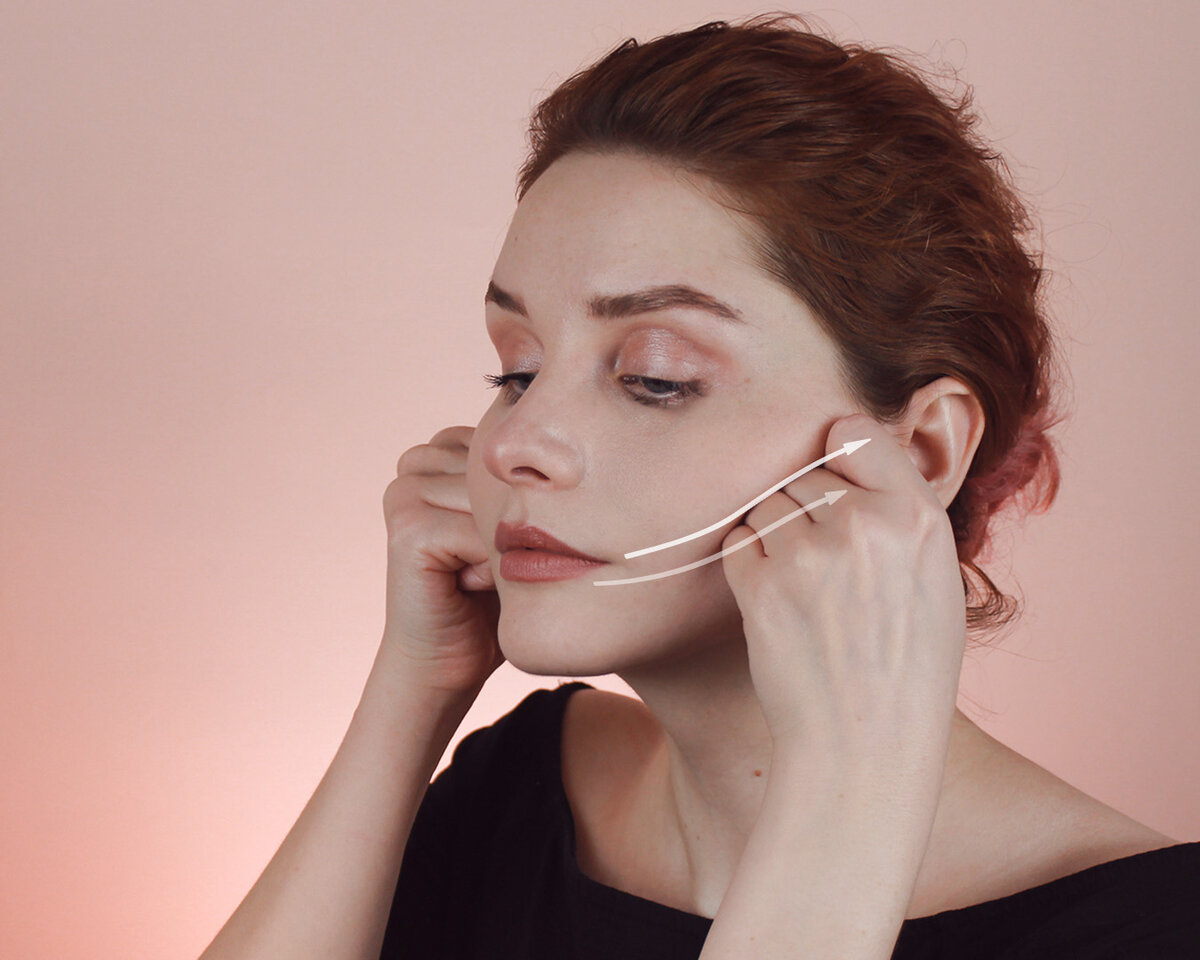 Движение помогает избавиться ототечности всредней части лица и«сформировать» скулы