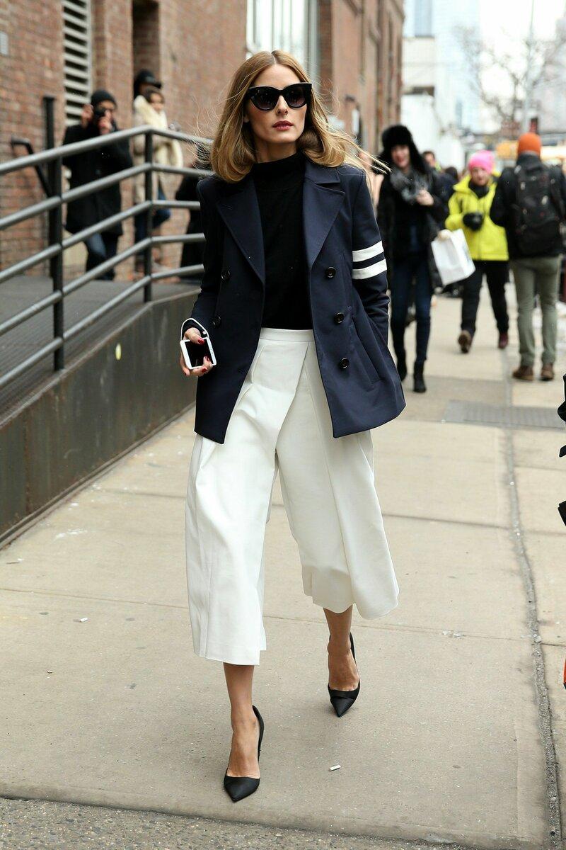 Кюлоты можно комбинировать как с блузками, так и со свитерами. /Фото: i.pinimg.com