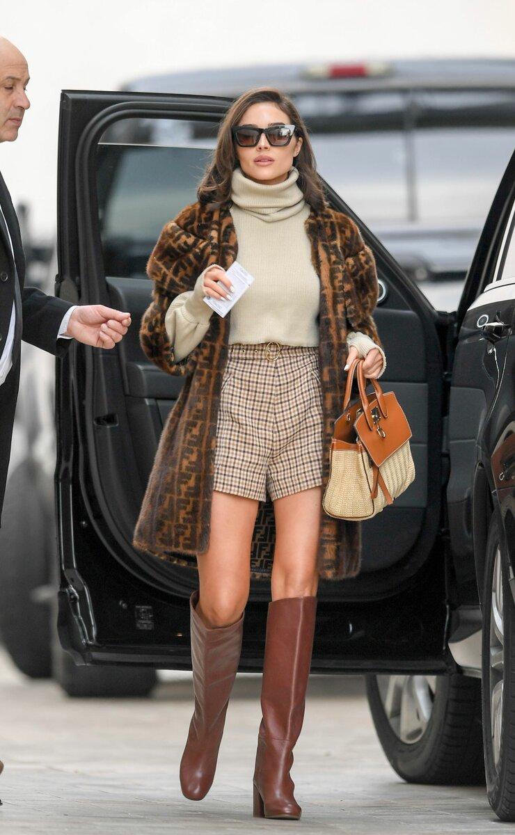 Шерстяные колготки высокой плотности позволяют носить шорты зимой. /Фото: celebmafia.com