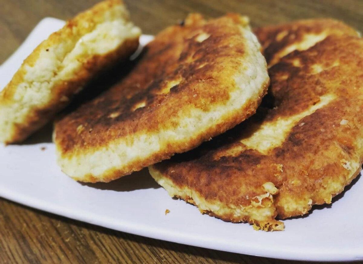 Сырные лепёшки с разными начинками