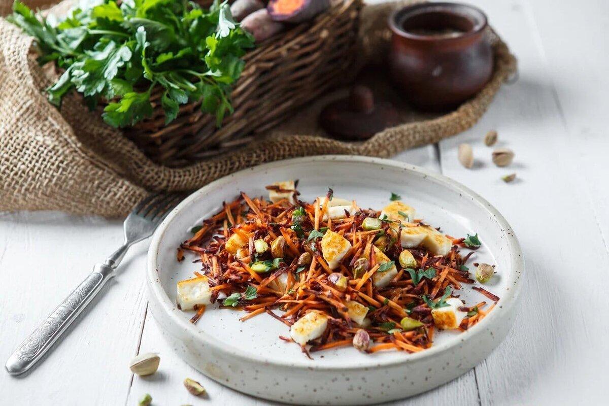 Аромат нежного жареного сыра, витаминная морковь, орешки для текстуры и зелень для яркой нотки вкуса