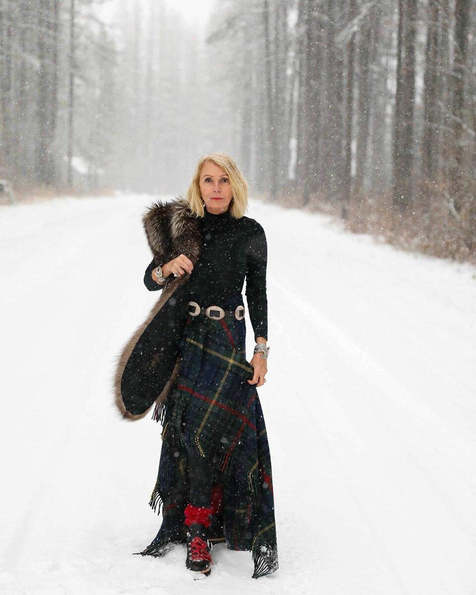 @stylebeyondage / Не стесняйтесь носить необычные ремни! /Фото: instagram.com