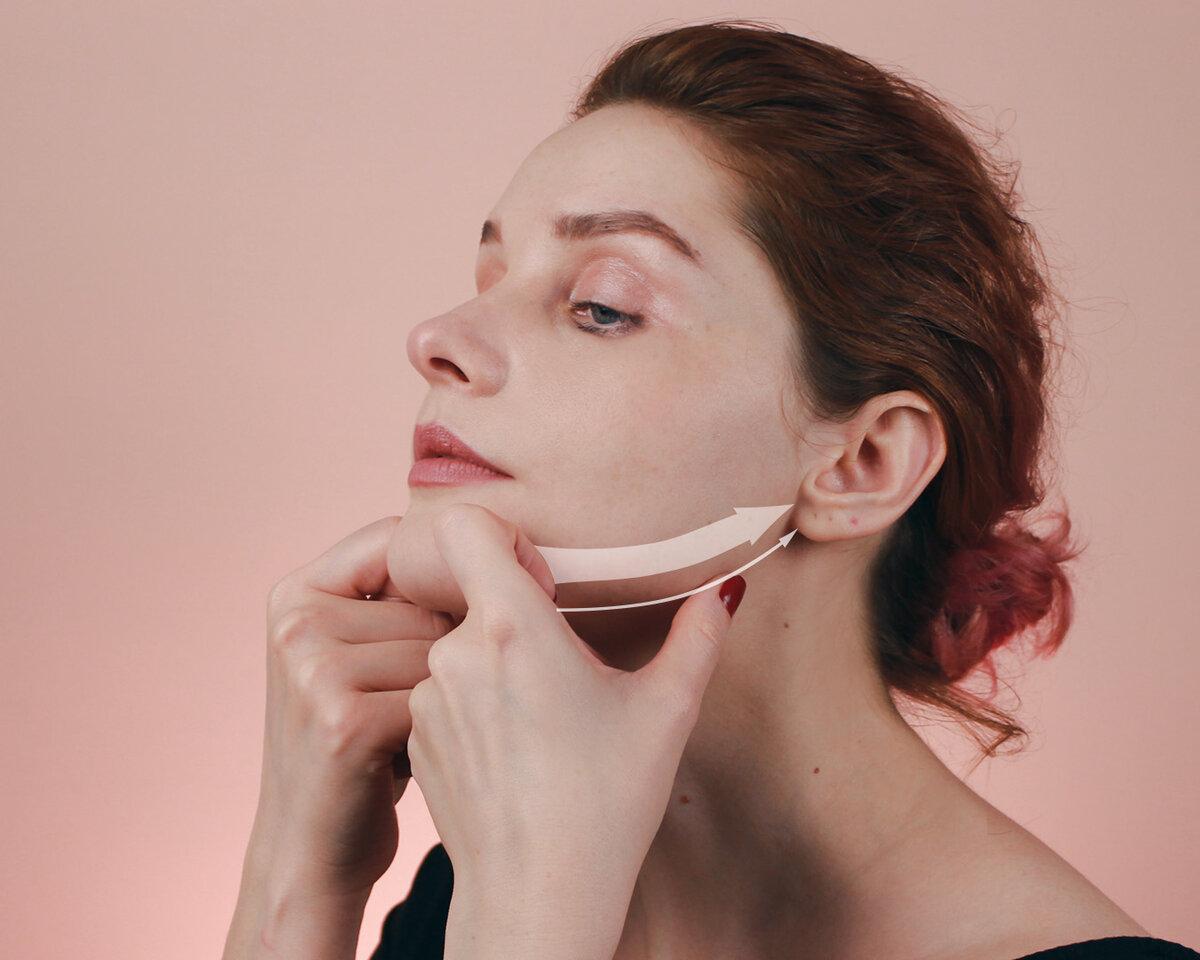 Движение помогает избавиться отлишней жидкости внижней части лица ипредотвратить «эффект бульдога» (хотя ялюблю бульдожек)