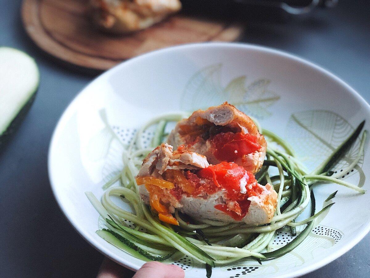 Фаршированная овощами диетическая курица MAGGI®