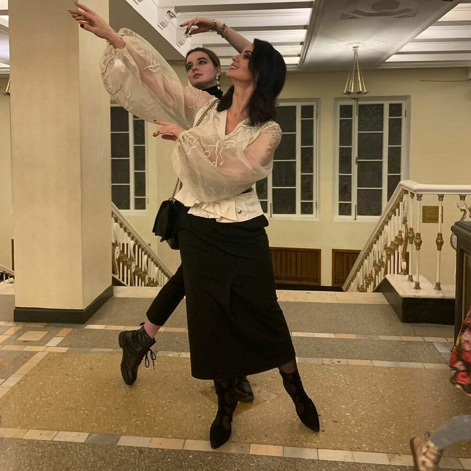 @strizhenovae / Екатерина Стриженова в юбке. /Фото: instagram.com