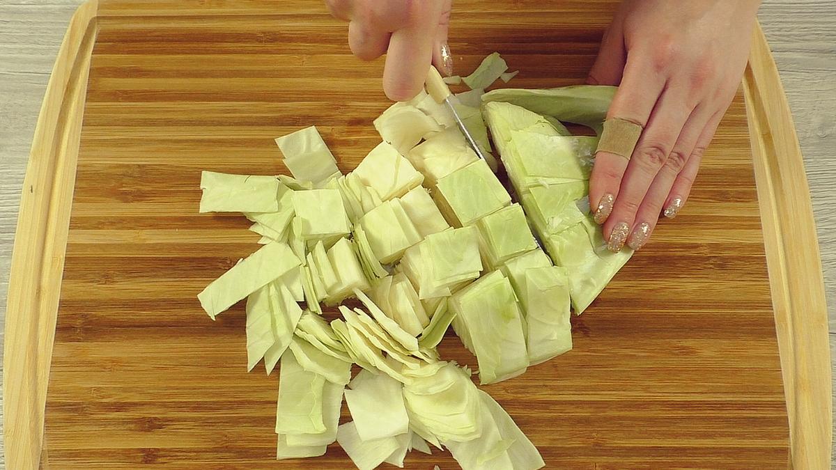 Если Вы имеете дома капусту, то можете приготовить эти блюда: 3 рецепта для вкусного настроения