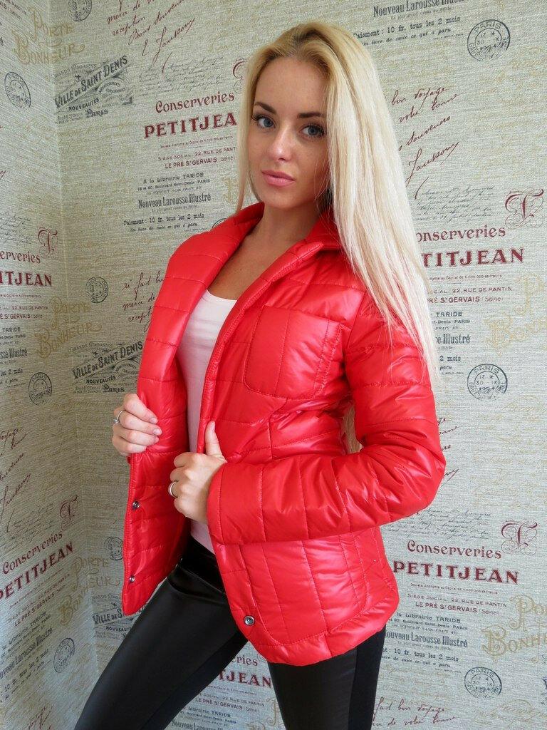 Женщина в куртке «в облипку». /Фото: images.ru.prom.st