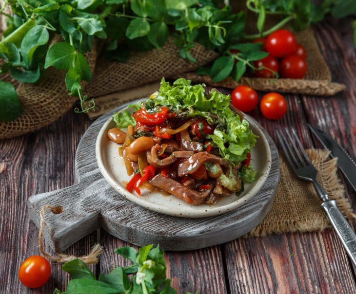 Когда нет времени: готовые салаты с доставкой на дом