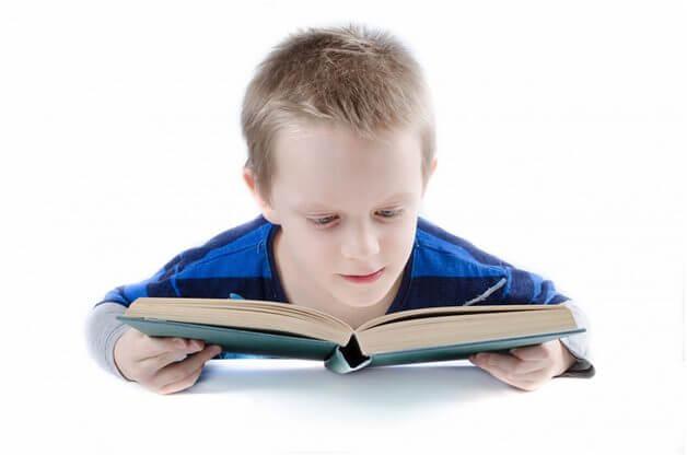 Нужно ли быть отличником? Истории о том, как школьные оценки не определяют успех